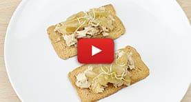 receta-tosta-pollo-asado-cebolla-caramelizada