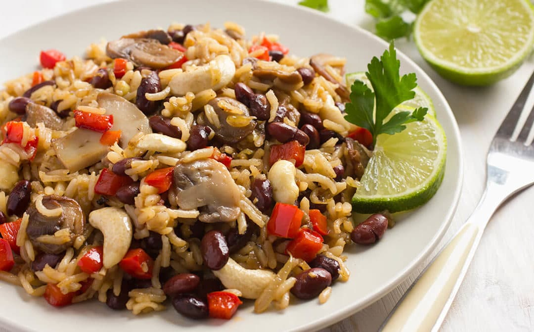 Ensalada de arroz con champiñones