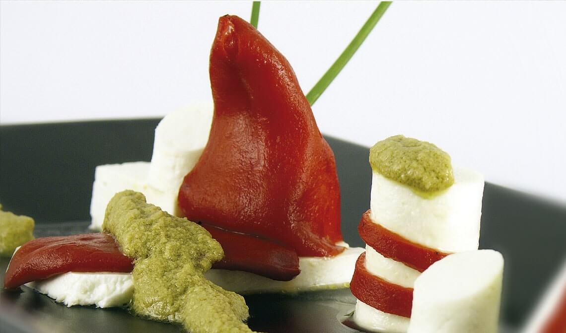 queso-con-pimiento-piquillo-y-paté