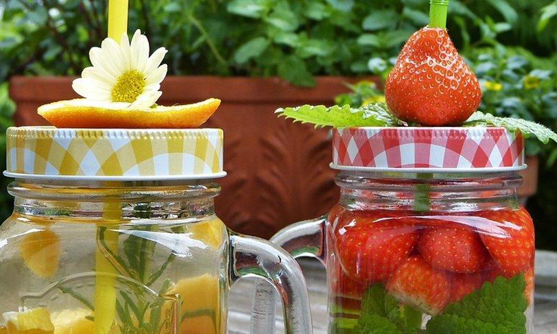 Refrescantes bebidas con frutas y vegetales