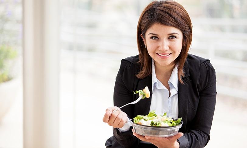 Come sano, rico y barato… ¡también en el trabajo!