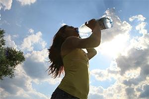 Hidratación: fundamental para el organismo, más que nunca en verano