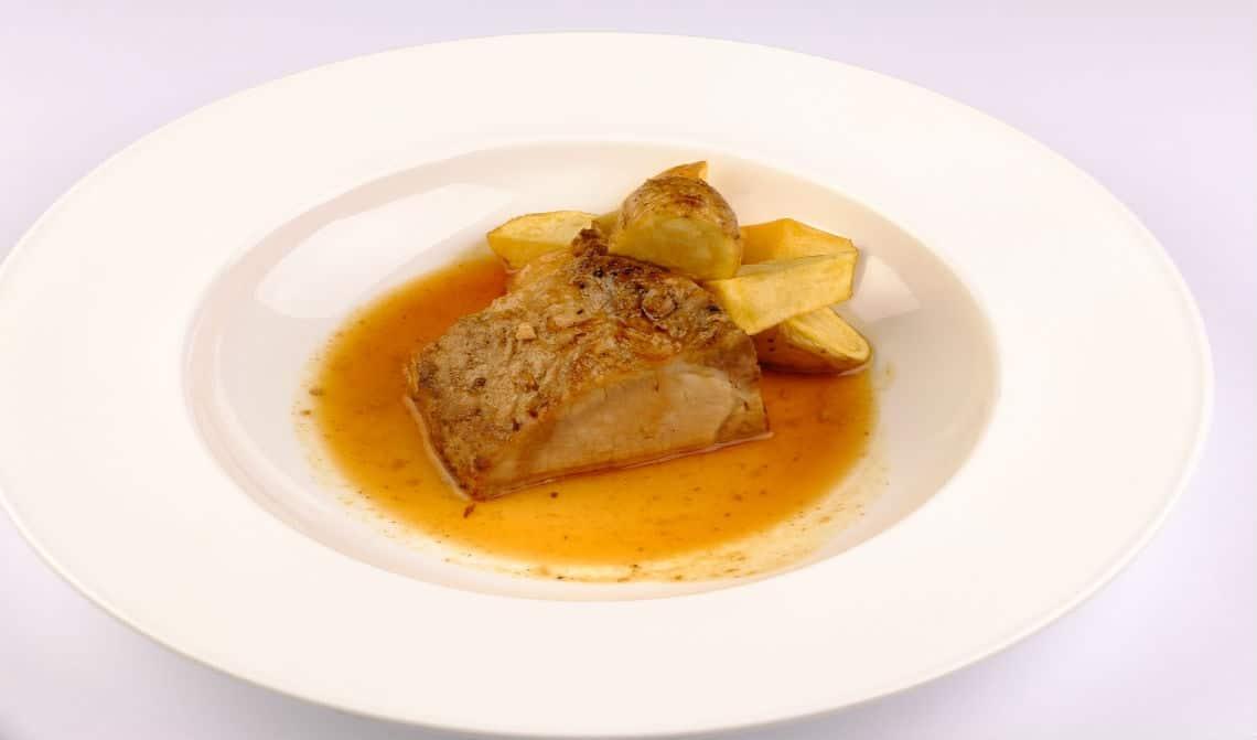lomo-asado-con-soja-y-patata