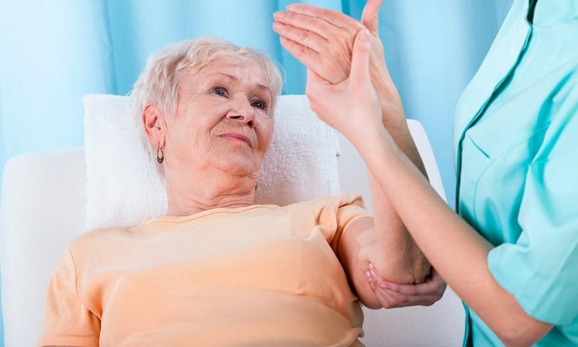 Consumir aceite de oliva virgen reduce el riesgo de fracturas por osteoporosis