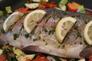 El aceite de oliva virgen contrarresta los efectos negativos del mercurio presente en el pescado