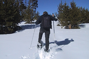 Rutas con raquetas de nieve: la alternativa al senderismo en invierno