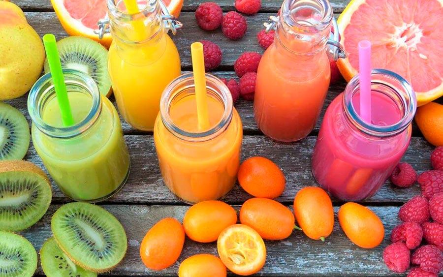 5 smoothies deliciosos para cuidarnos este verano