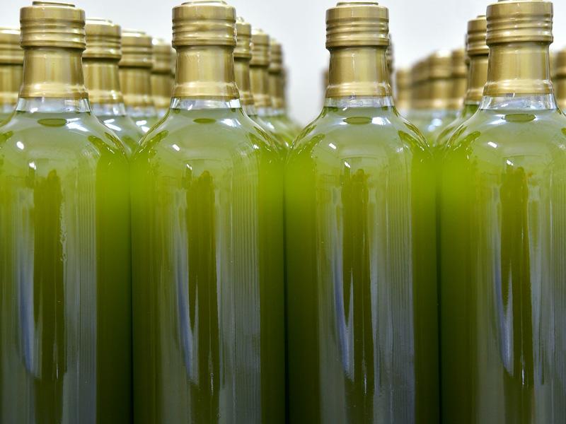 ¿Cómo saber si el aceite de oliva está caducado?
